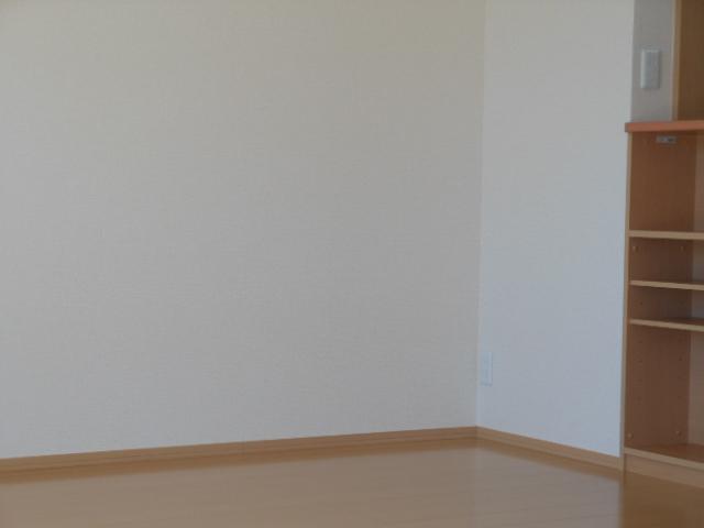 グリーンヒル 210号室のリビング