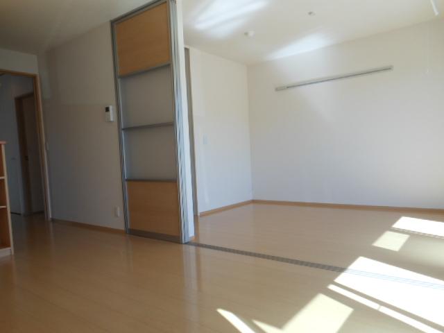 グリーンヒル 210号室の居室
