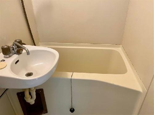 レオパレスアイネ 201号室の風呂