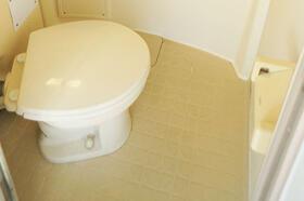 ユエヴィ江古田PartⅠ 201号室のトイレ