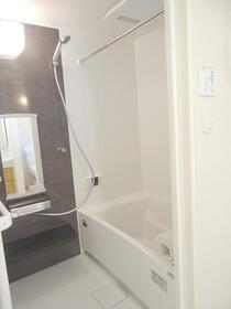 目白クイーンズコート 204号室の風呂
