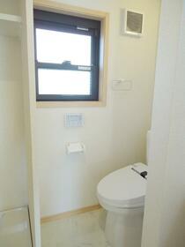 目白クイーンズコート 204号室のトイレ