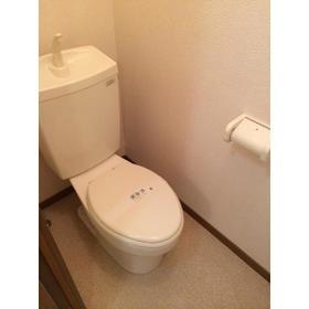 アムール小松 102号室のトイレ
