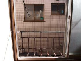 小林荘 205号室のバルコニー