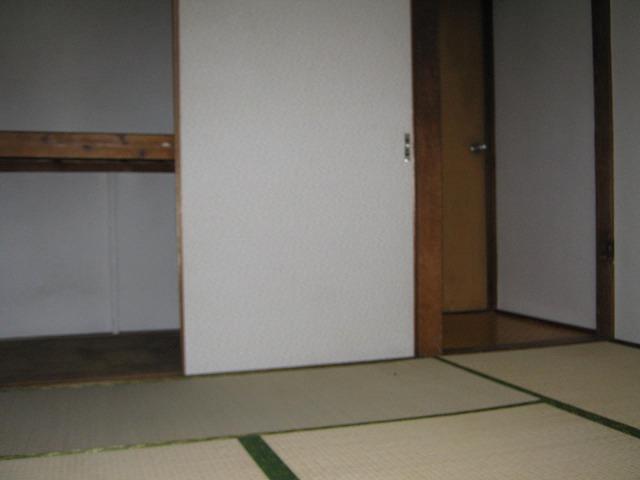 和泉荘 5号室のリビング