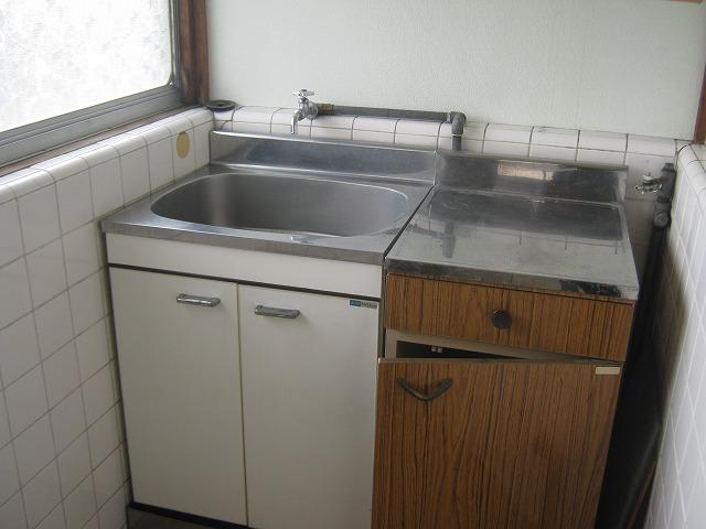 和泉荘 5号室のキッチン