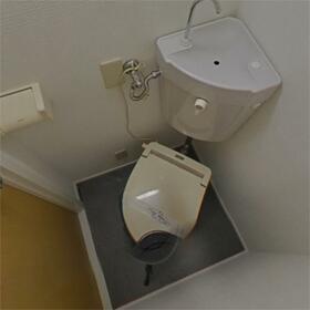 チェリーヒル小林I 202号室のトイレ