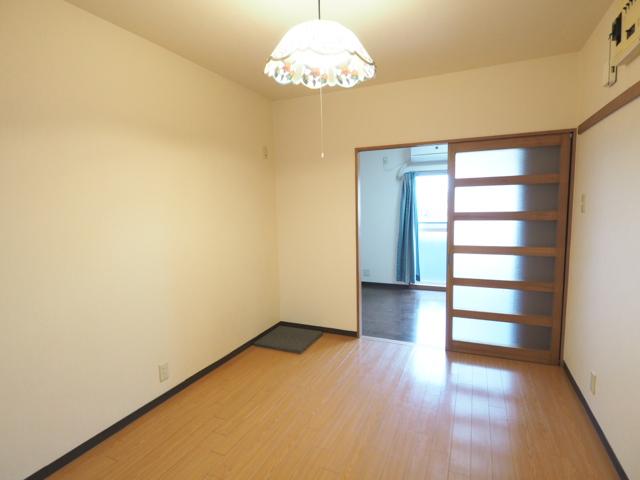 アネックス大幸 3C号室の居室