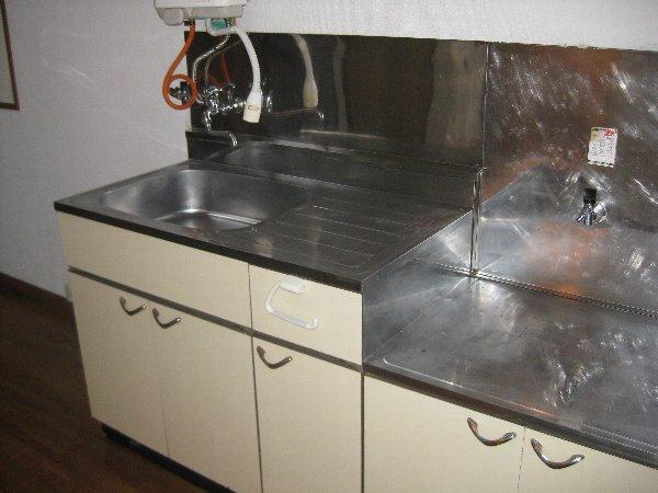 コーポオオクボ 201号室のキッチン