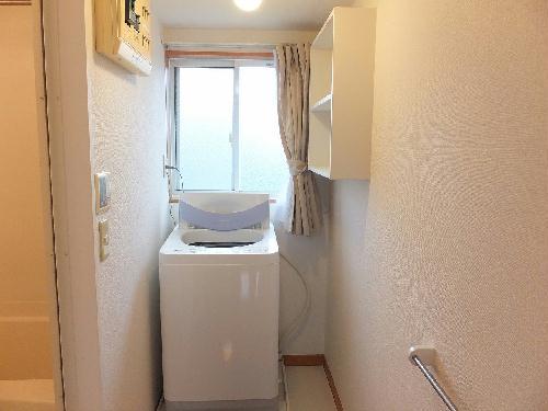 レオパレスグリーンリバー2 202号室の洗面所