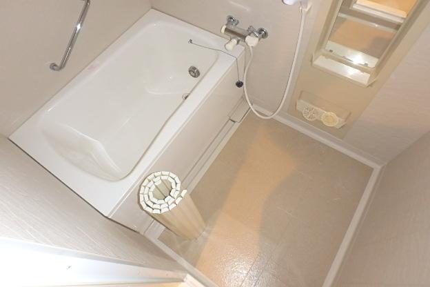 ファヴォール白壁 601号室の風呂
