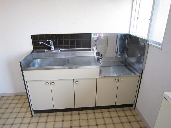 コーポ相澤A 101号室のキッチン