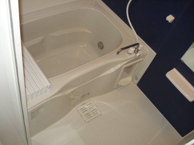 フォレストアーク大森Ⅱ 102号室の風呂