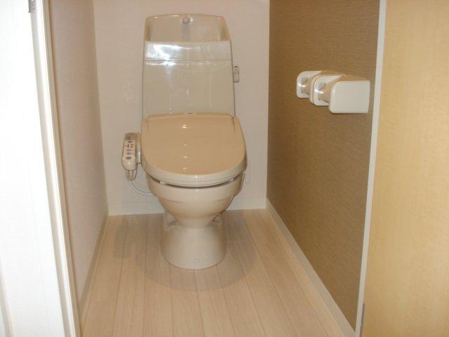 フォレストアーク大森Ⅱ 102号室のトイレ
