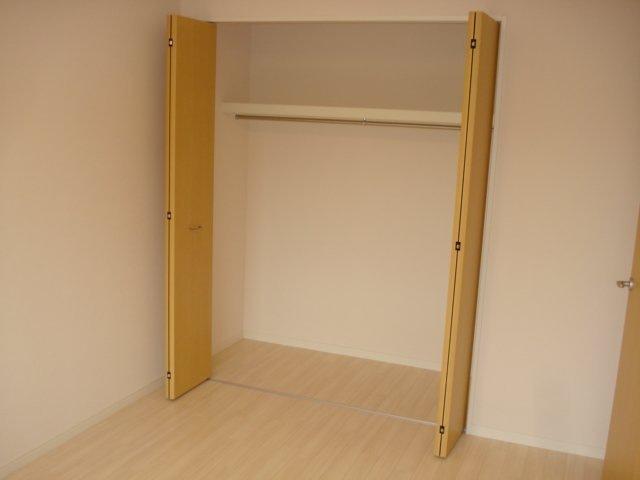 フォレストアーク大森Ⅱ 102号室の収納