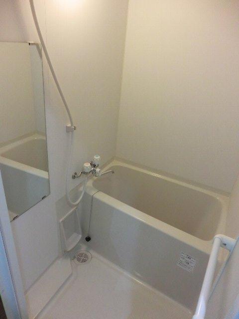 LA LUCE 111号室の風呂
