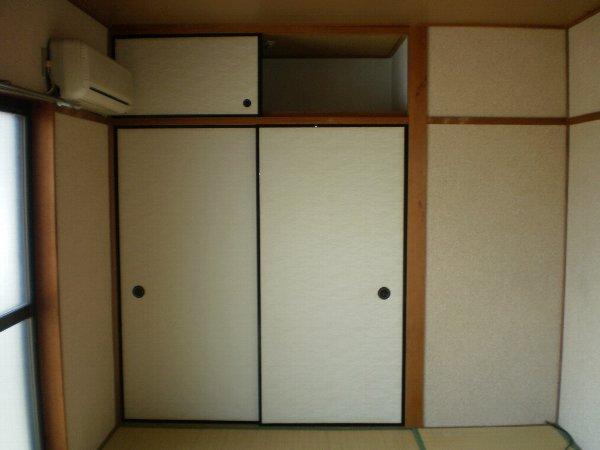 アーバンハイツ 301号室の収納