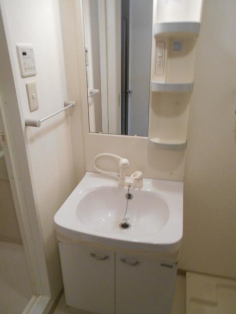 エストレーラ 602号室の洗面所