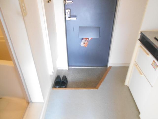 ドリーム嵯峨野 201号室の玄関