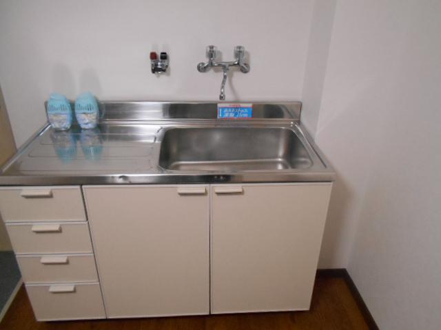 ル・松尾 204号室のキッチン
