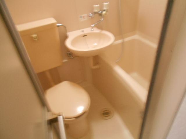 ル・松尾 204号室の風呂