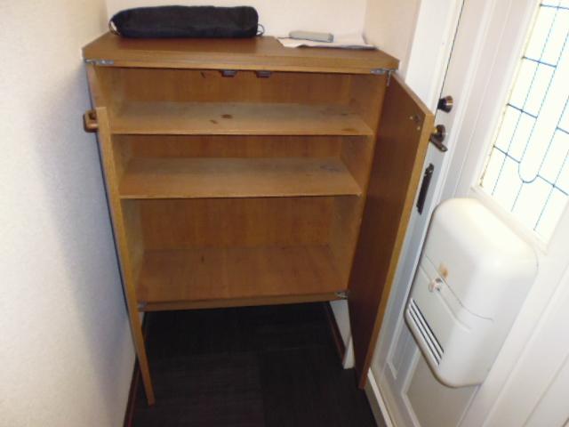 セジュール93 202号室の玄関