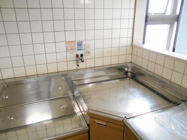 カーサグラン御池 705号室のキッチン