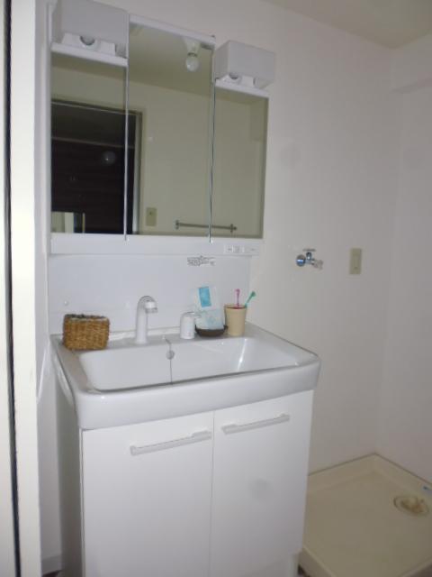 M・レヴェンテ 503号室の洗面所