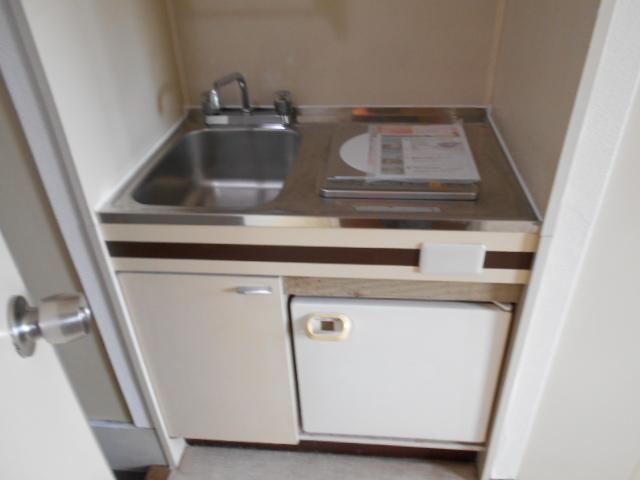 WEST-1 605号室のキッチン