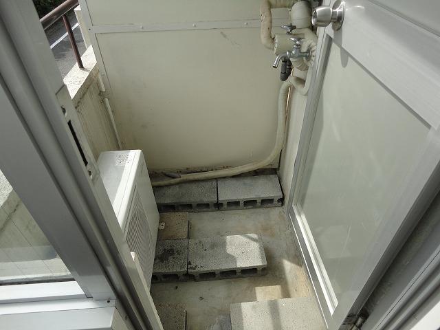 サンモール林 105号室のバルコニー