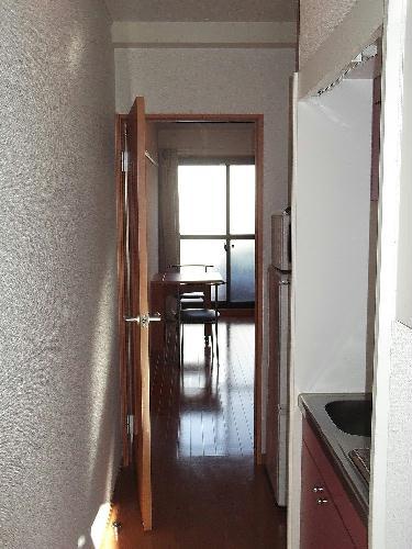 レオパレスシャルマン北浦 206号室の玄関