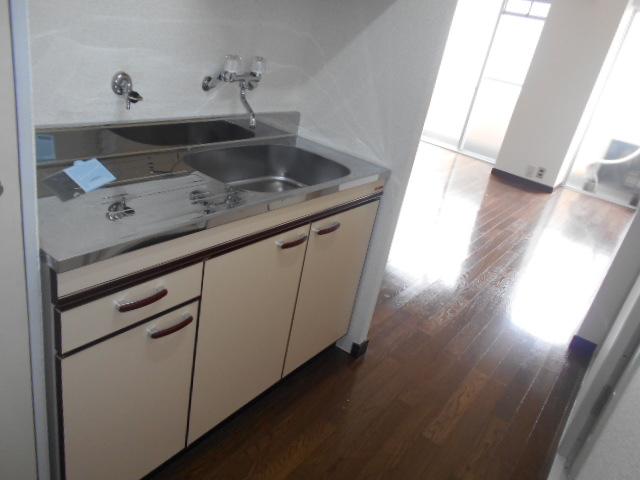 昇栄マンション 403号室のキッチン