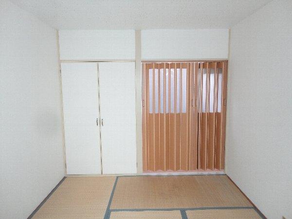 曙ハイツ 2B号室の収納