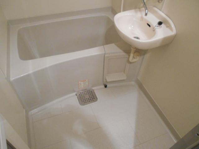 ラ・ヴィル・フルール 101号室の風呂