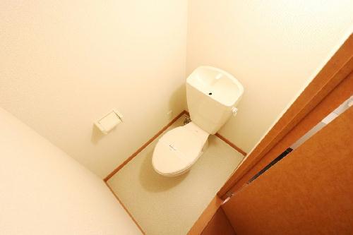 レオパレスイン京都 116号室のトイレ