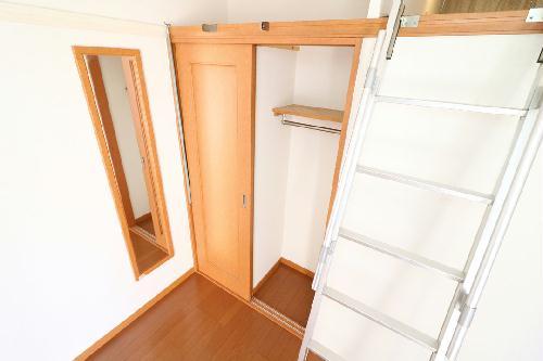 レオパレスイン京都 116号室の収納