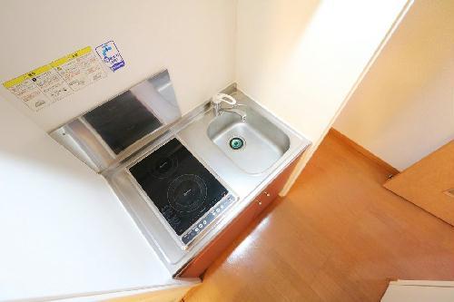 レオパレスイン京都 116号室のキッチン