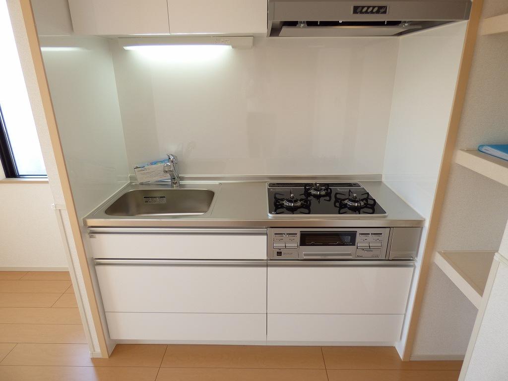 ヴェルデ ストーリアⅡ 03080号室のキッチン