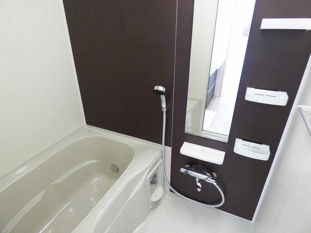 ヴェルデ ストーリアⅡ 03080号室の風呂