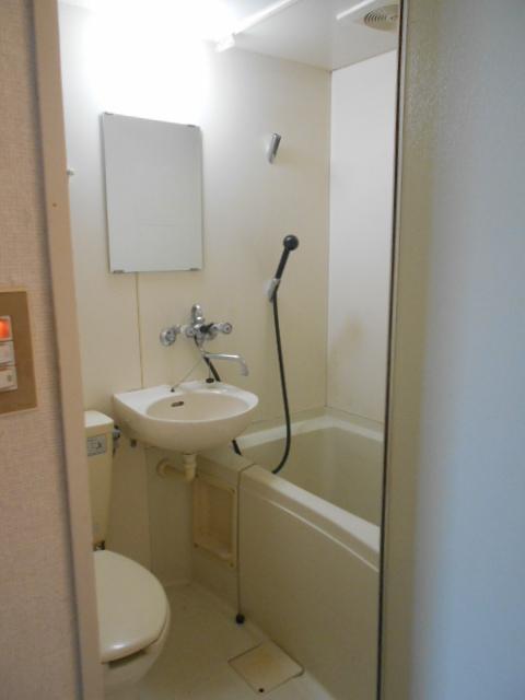 竹中ビル 302号室の洗面所