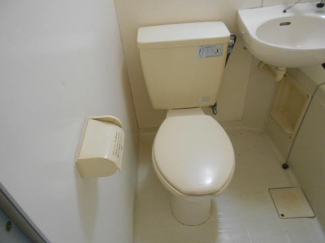 竹中ビル 302号室のトイレ