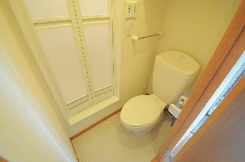 レオパレスジョイ大井 204号室のトイレ