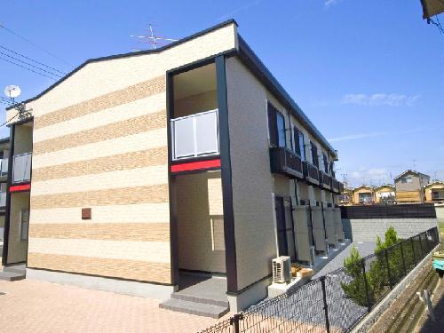 レオパレスアルモニ3番館 101号室の外観