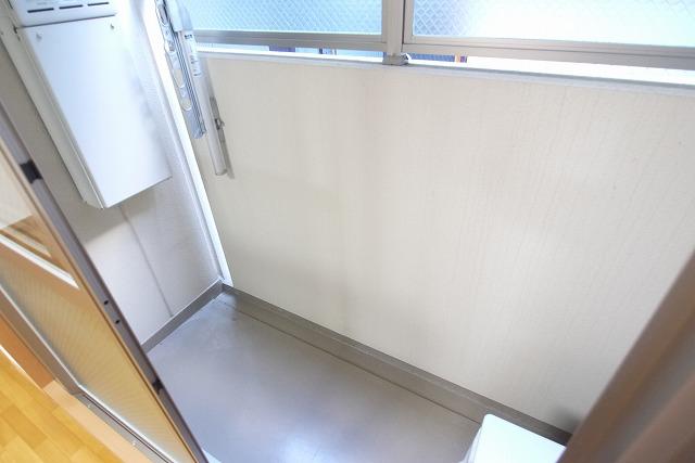 ロイヤルシティ- AYA 01030号室のバルコニー