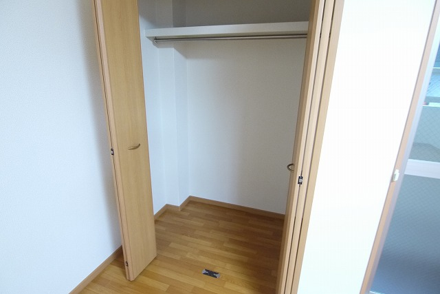 ロイヤルシティ- AYA 01030号室の収納