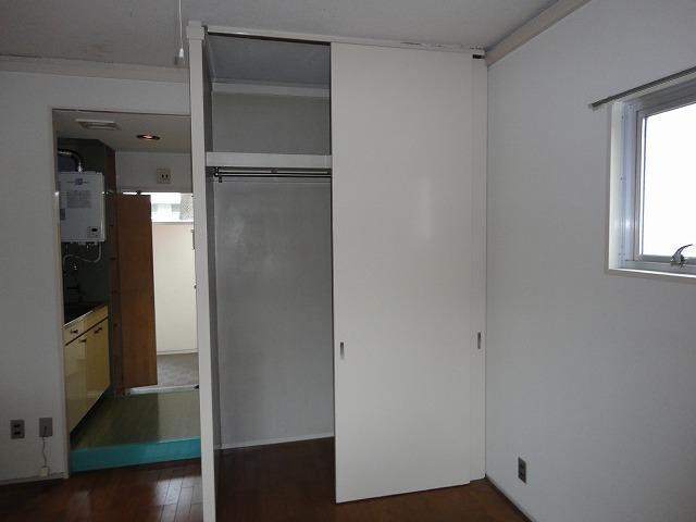 ロイヤルハイツナカムラ 101号室の収納