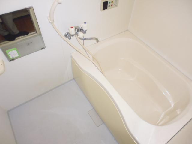 離宮ガーデンハイツ 206号室の風呂