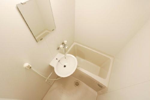 レオパレスアムール 206号室の洗面所
