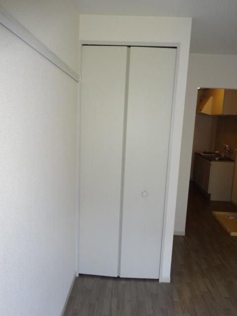 ポルコスピーノK 201号室の収納