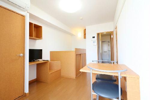 レオパレスアルモニ3番館 101号室のトイレ